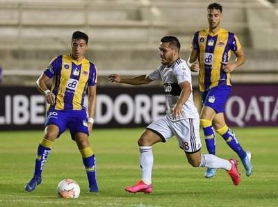 Olimpia iguala ante Delfín en su debut en la Libertadores