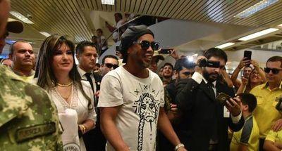 """""""¡Kore!"""": la respuesta del ministro del Interior al enterarse de las irregularidades en documentos de Ronaldinho"""