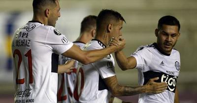 Debut con empate del Decano por la Libertadores