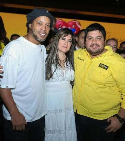 ¿Quién es Dalia López, la empresaria detrás de la visita de Ronaldinho?