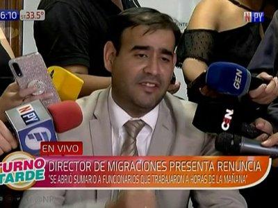 Director de Migraciones renunció tras escándalo de pasaportes falsos