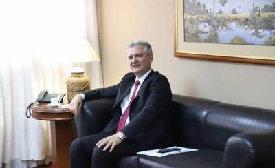 HOY / Senador Enrique Bacchetta se refirió al titular del Indert calificándolo como un mal administrador
