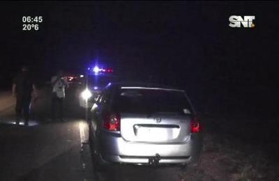 Armados con escopetas roban vehículo en Villeta