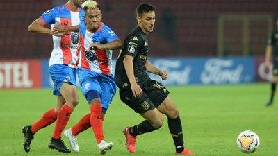 Con Matías Rojas, Racing remonta y gana en la Libertadores