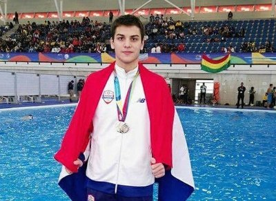 Matheo Mateos pulverizó el récord nacional de 800 metros libre