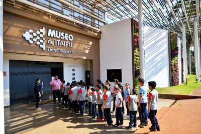 Complejo Turístico Itaipú registró más de 57.000 visitantes en febrero