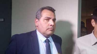 Abogado de Sousa Lira acusa a Dalia López de ser responsable de los documentos adulterados entregados a Ronaldinho