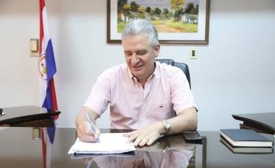 HOY / Senador Enrique Bacchetta, sobre el debate en el Senado por las tierras de Antebi Cué