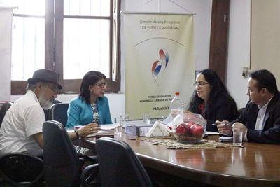 Convocan al titular del INDI para coordinar acciones a favor de indígenas
