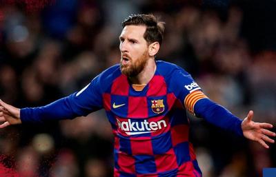 Lionel Messi revive al Barcelona en Liga y establece nueva marca