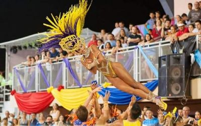 Pettirossi es el pentacampeón del Carnaval Encarnaceno