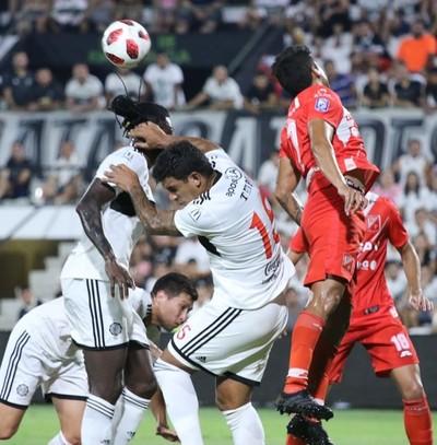 Olimpia y River Plate cerraron con empate octava fecha del torneo Apertura