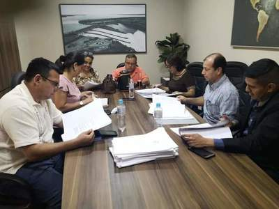 Ejecución presupuestaria de Vaesken podría aprobarse sin el análisis que corresponde
