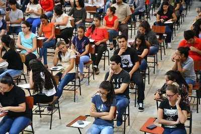 Este viernes se conocerá la lista de admitidos de la lista de Becas Itaipú-Becal