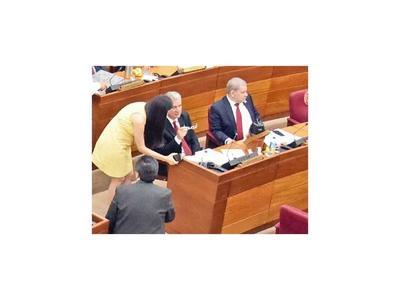 Senador cartista cree que sesiones deben ser virtuales