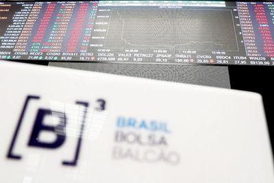 """Turbulencia financiera global por """"guerra"""" de precios del petróleo y el covid-19"""