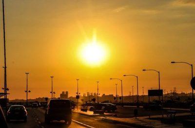 Pronostican un día caluroso y soleado a nivel país