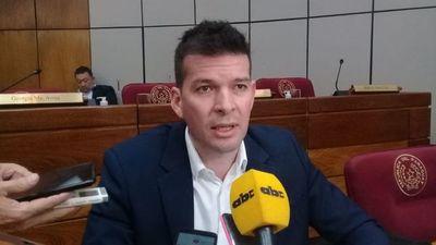 """Godoy califica de """"burdo"""" el proceso de selección para la Corte"""