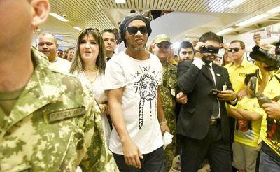 Desde el JEM buscan saber por qué Fiscalía quiso liberar a Ronaldinho, afirmó Bacchetta