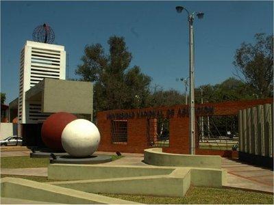 UNA y universidades privadas suspenden clases