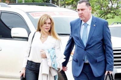 Habría desviado más de Gs. 6 mil millones pero Fiscalía pide que McLeod sea sobreseída