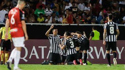 El Guma triunfa ante Caracas FC en la Nueva Olla y se posiciona en la sima del Grupo H