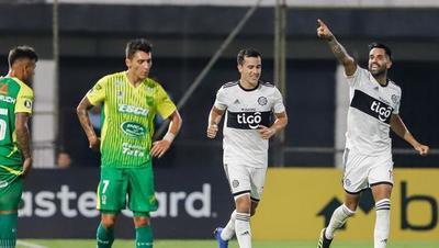 Copa Libertadores: Olimpia derrota a Defensa y Justicia y se acomoda en la tabla