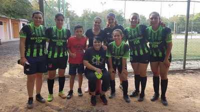 Las chicas de Nueva Estrella andan sin frenos en el torneo Apertura de Futsal DBN 2020
