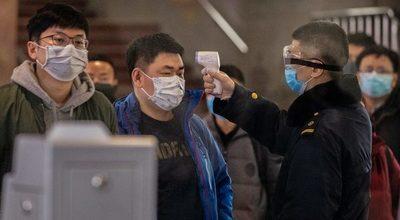 Los casos de coronavirus en China siguen disminuyendo