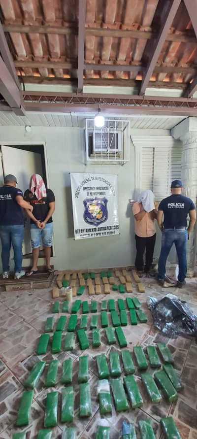 Apresan a dos hombres e incautan 60 kilos de marihuana en Remansito