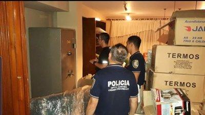 Fiscalía allana viviendas de empresaria vinculada al caso Ronaldinho