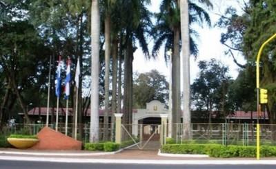 Municipalidad de CDE suspende actividades por una semana