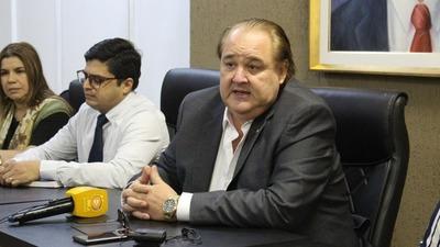 Gobernador donará su salario para apoyar lucha contra Coronavirus