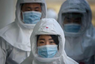 """Los infectados """"activos"""" de coronavirus en China se reducen a menos de 10.000"""