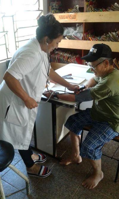 Dispensarios atenderán solo a pacientes con cuadros respiratorios leves