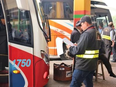 Covid-19: Dinatran garantiza el servicio de transporte público