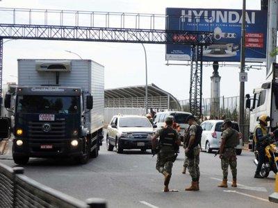 El Gobierno cierra fronteras y prohíbe ingreso de extranjeros