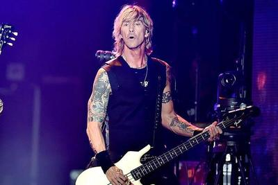 "Guns N' Roses toca ""So fine"" después de 27 años"