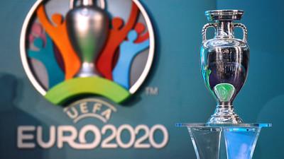 La UEFA acepta posponer la Eurocopa a 2021