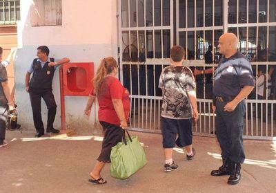 Por coronavirus, ministra de Justicia restringe visitas a cárceles