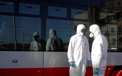 Covid-19: Argentina suspende vuelos internos, trenes y buses