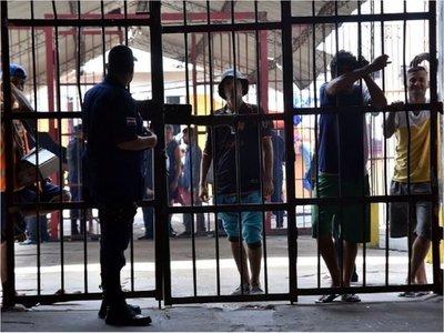 Presos acataron prohibición de visitas, aunque muchos no están de acuerdo