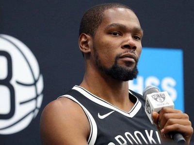 Durant, uno de los cuatro jugadores de Nets que dan positivo al coronavirus