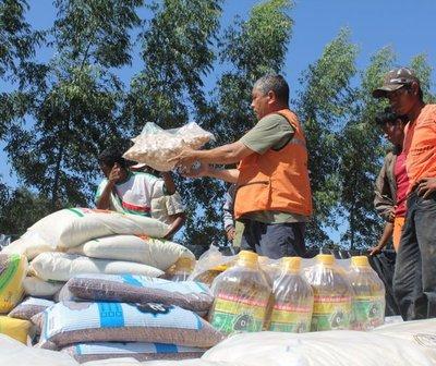 Entregarán kits de alimentos a trabajadores en cuarentena