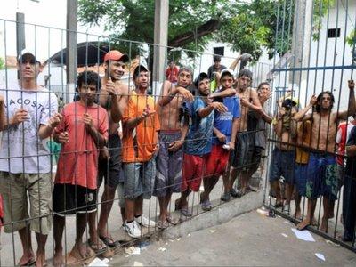 Juzgado suspende salidas transitorias y régimen de semilibertad a reclusos