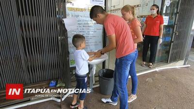NEGOCIOS INSTALAN LAVATORIOS EN EL ACCESO