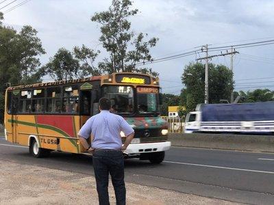 Multas de hasta 14 millones para buses que no cumplan con cantidad de pasajeros