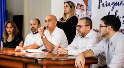 Ministro Julio Mazzoleni dice que se mantiene números de infectados