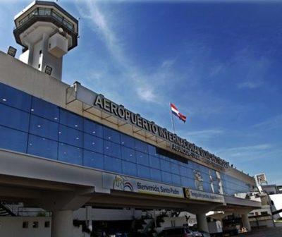 Varias aerolíneas suspenden vuelos por coronavirus