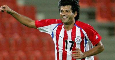 El segundo máximo goleador de la Albirroja, cumple 49 años